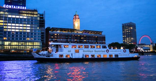 Entertainment Onboard Thames Party Boats London Cpbs